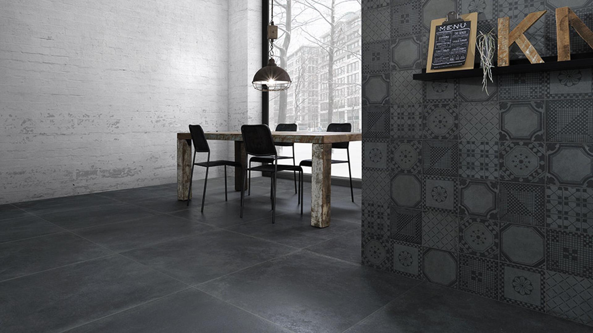 Rivestimenti-interni_Pavimento-effetto-cemento_Ceramica-Fioranese_Evoke_Nero-90x90_Deco-Mix